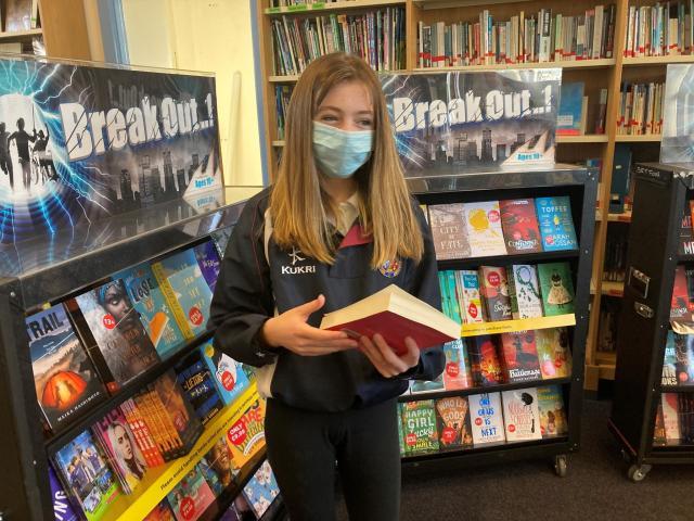 Library book fair 1